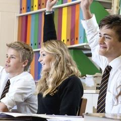 best_boarding_schools_england_queens_college_classroom-942